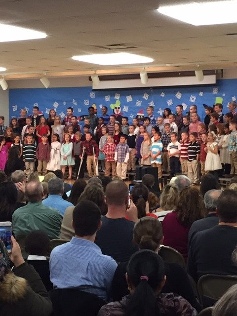 Awesome 1st grade holiday concert performance for families! #Frankpride