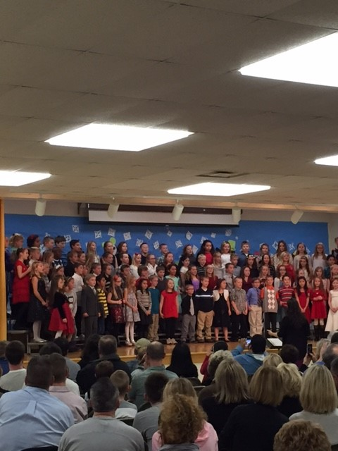 Awesome 3rd grade holiday concert performance for families! #Frankpride