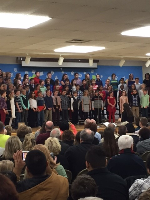 Awesome 5th grade holiday concert performance for families! #Frankpride