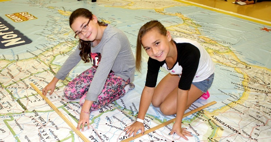 National Geographic Giant Traveling Map visits Perrysburg!