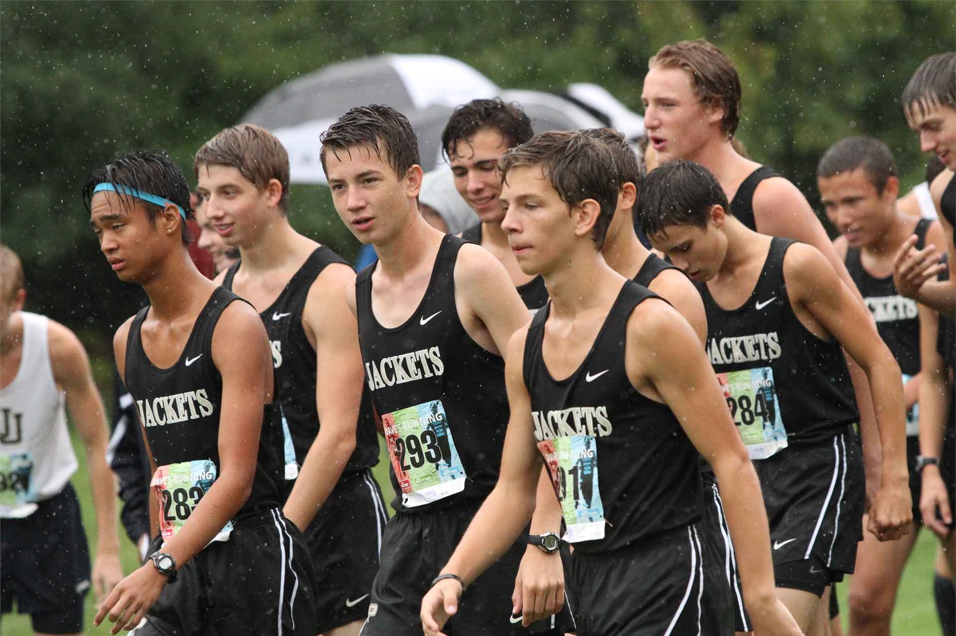 PHS student athletes preparing for a cross country meet