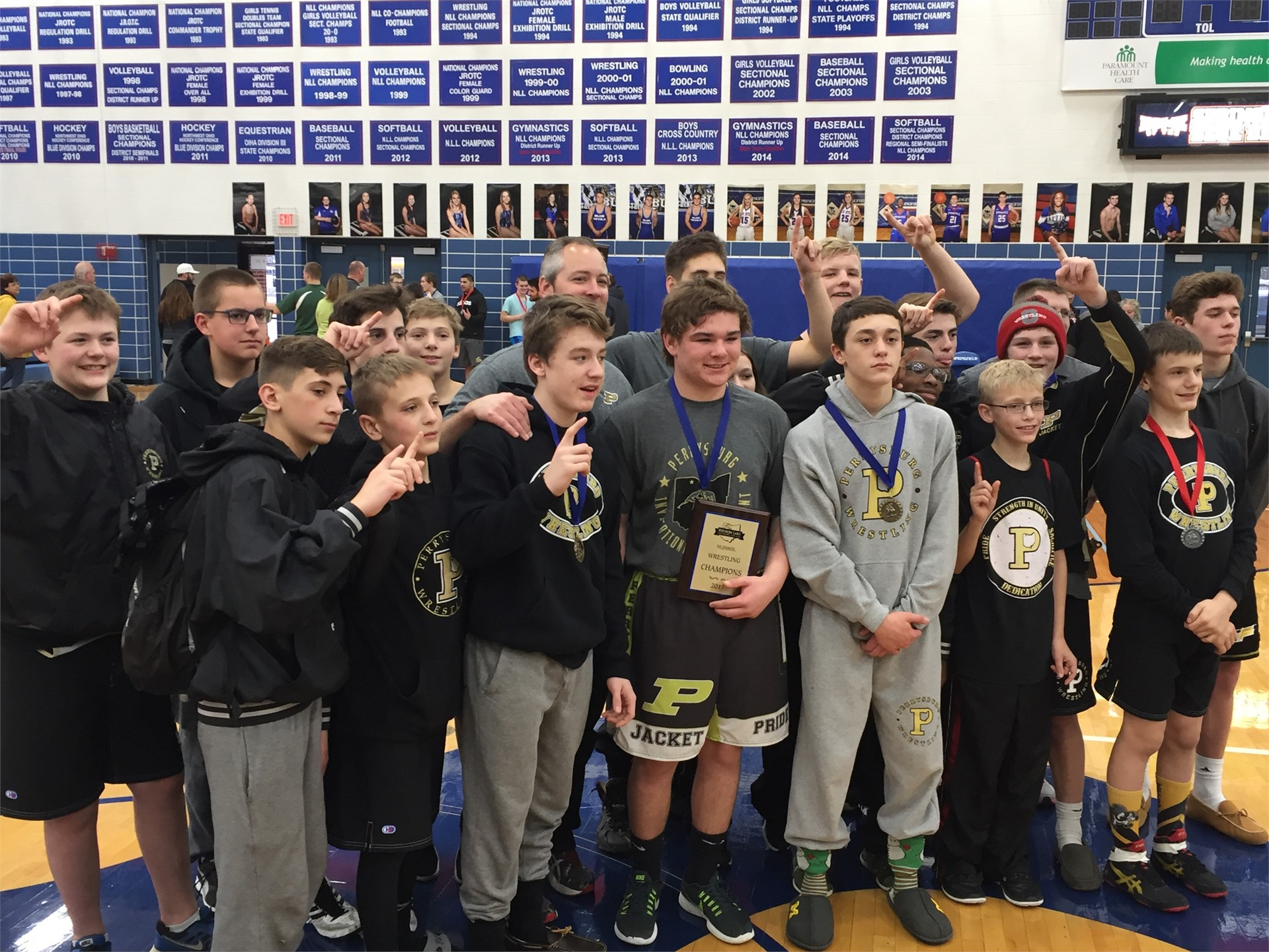 Group image of 2017 Junior High Wrestling NLL Champions