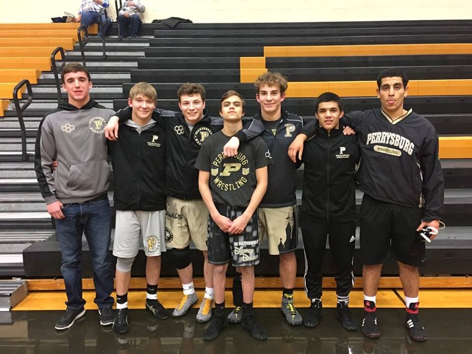 PHS wrestling team seniors
