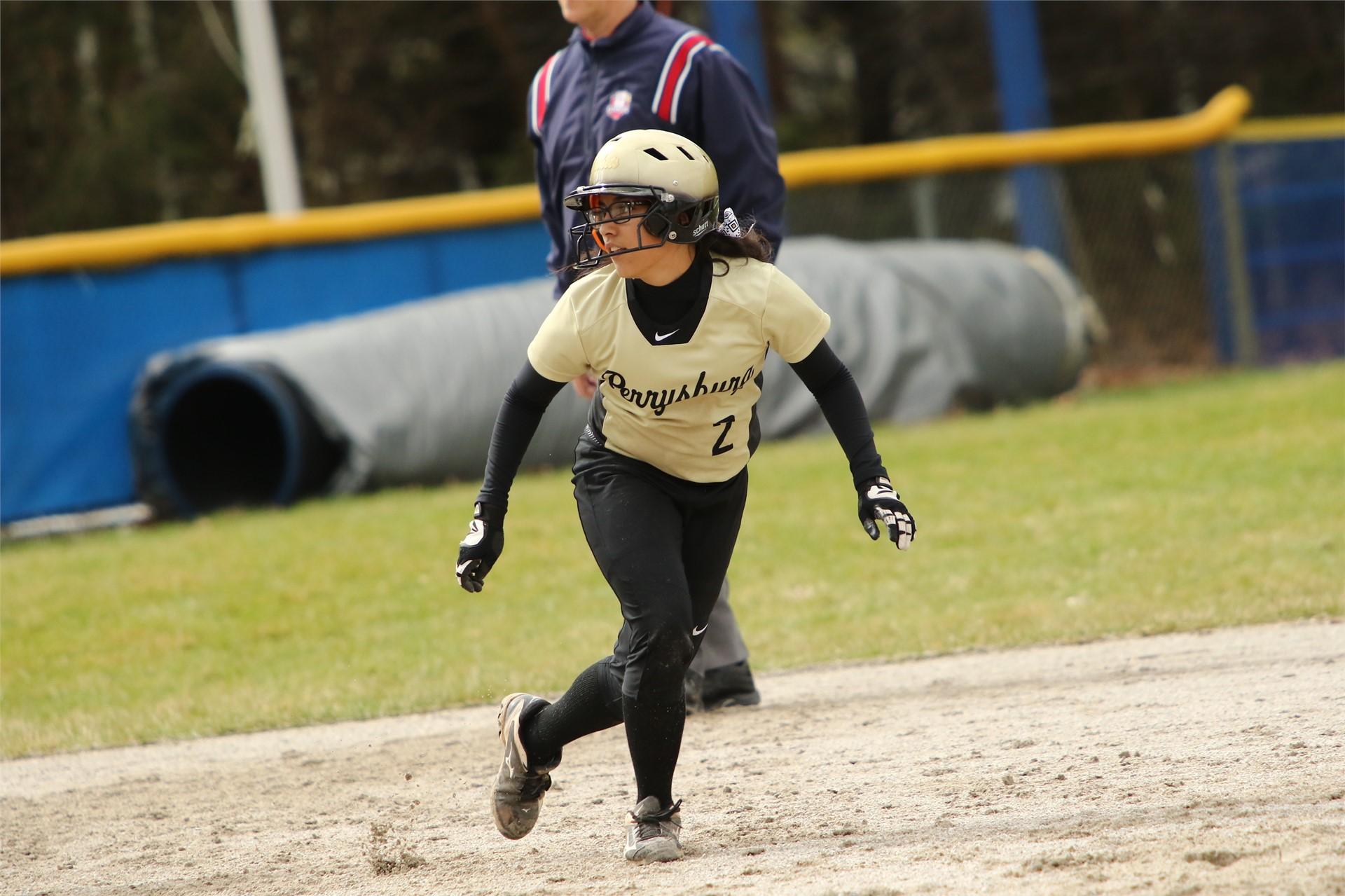 softball player base running
