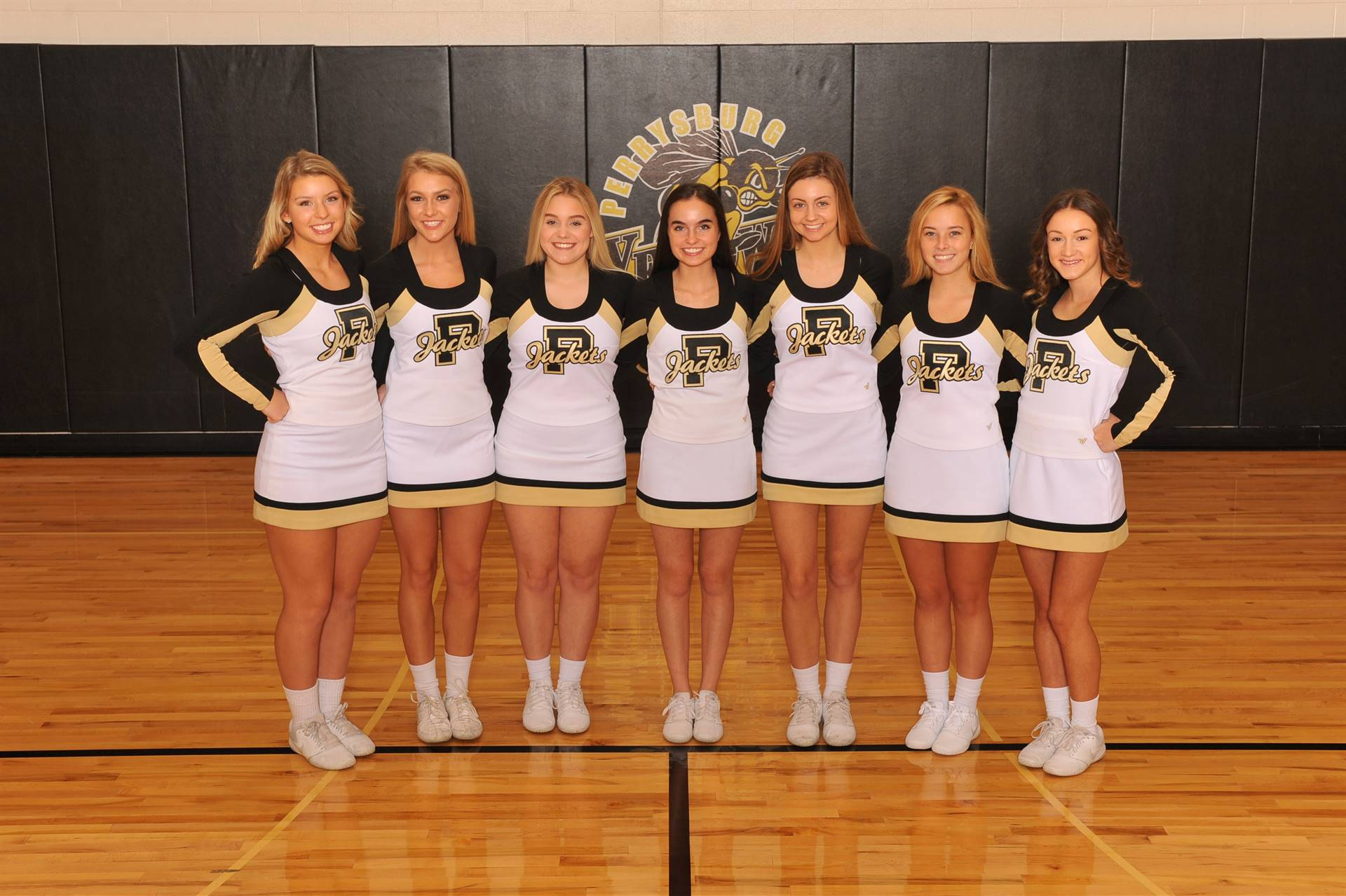 PHS Varsity Winter Cheerleaders